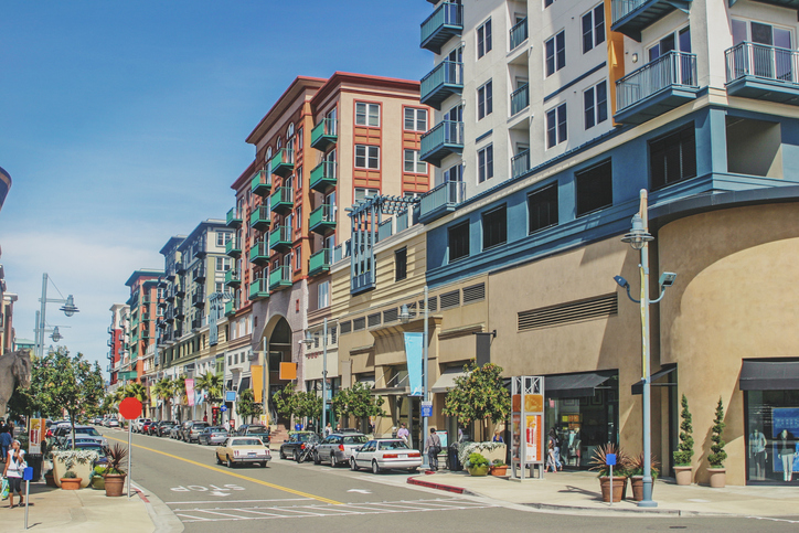 2021: The mid-year retail outlook – and how it affects retail real estate teams